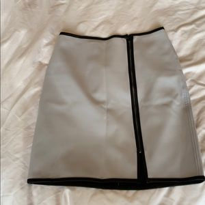 Club Monaco leather trimmed gray skirt